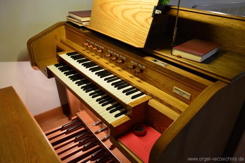 Hergiswil Reformierte Kirche Spieltisch