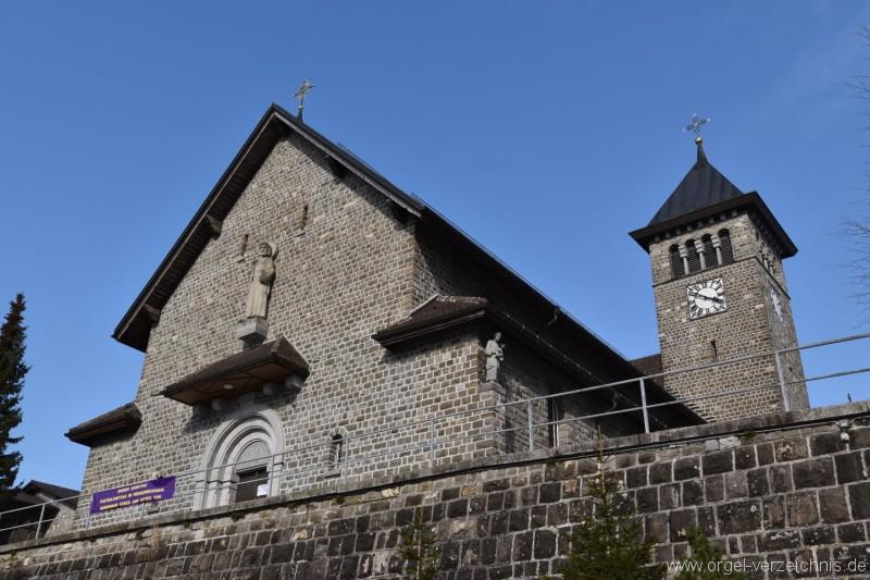 Emmetten St. Theresia und Jakob Kirche nah