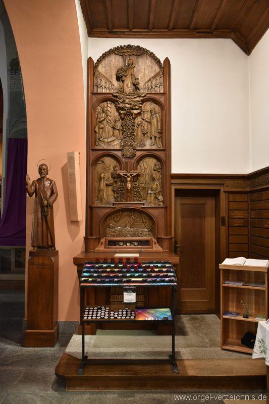 Emmetten St. Theresia und Jakob Seitenaltar II