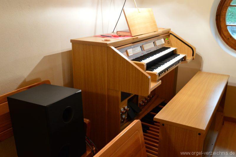 Hergiswil NW Reformierte Kirche Elektronenorgel Spieltisch III