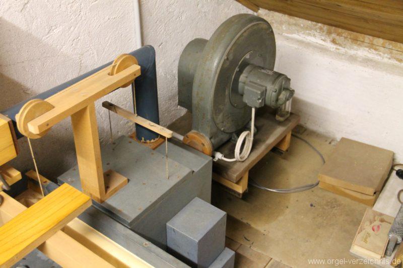 Hergiswil NW Reformierte Kirche Orgelmotor Genf Erni Orgel I