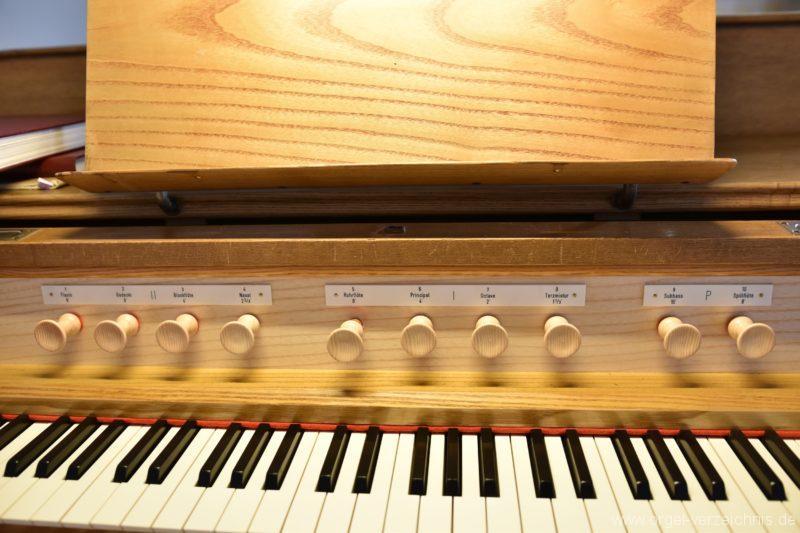 Hergiswil NW Reformierte Kirche Registerstaffel Genf Erni Orgel I