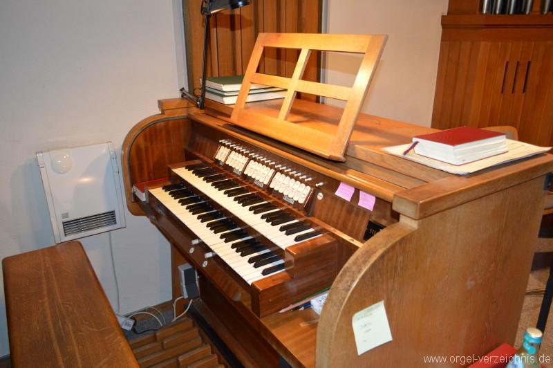 Zell im Wiesental - Evangelische Stadtkirche Orgel Spieltisch