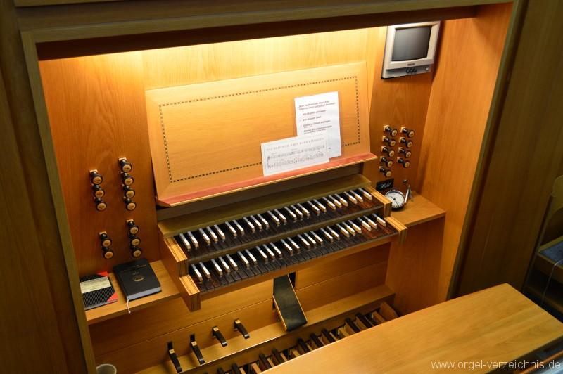Ravensburg Neuapostolische Kirche Spieltisch