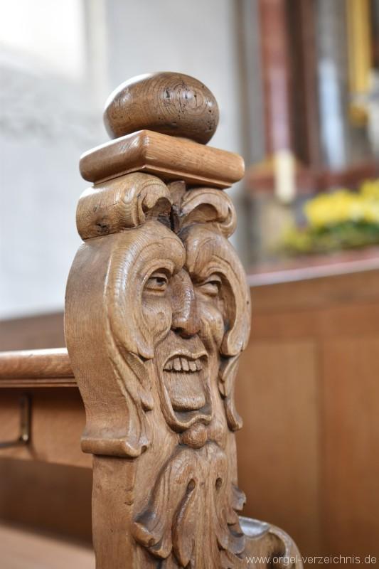 Herznach St. Nikolaus Bankverzierungen