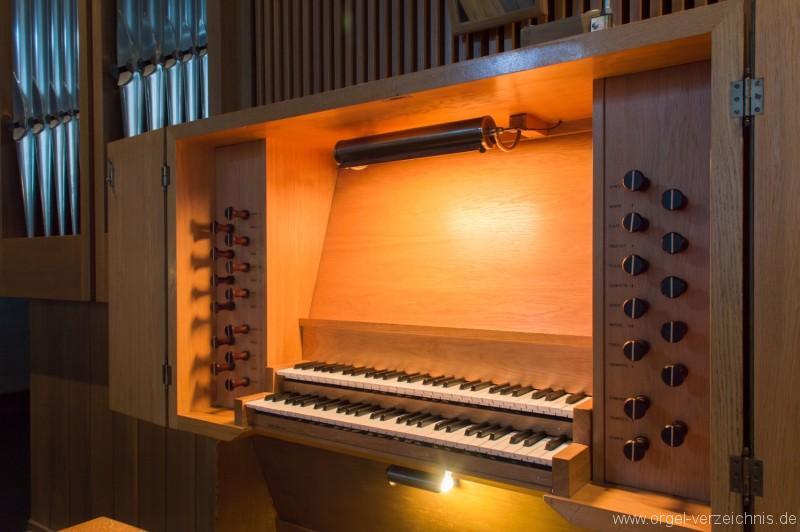 Buchs - St. Johannes Evangelist Orgel Spieltisch
