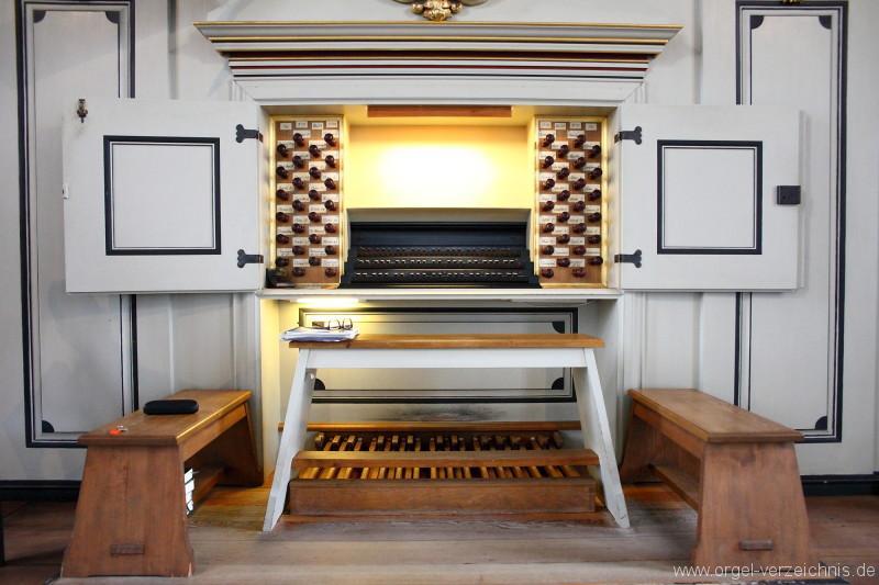 Marienkirche-Berlin-Mitte-Orgel-Spieltisch (1)