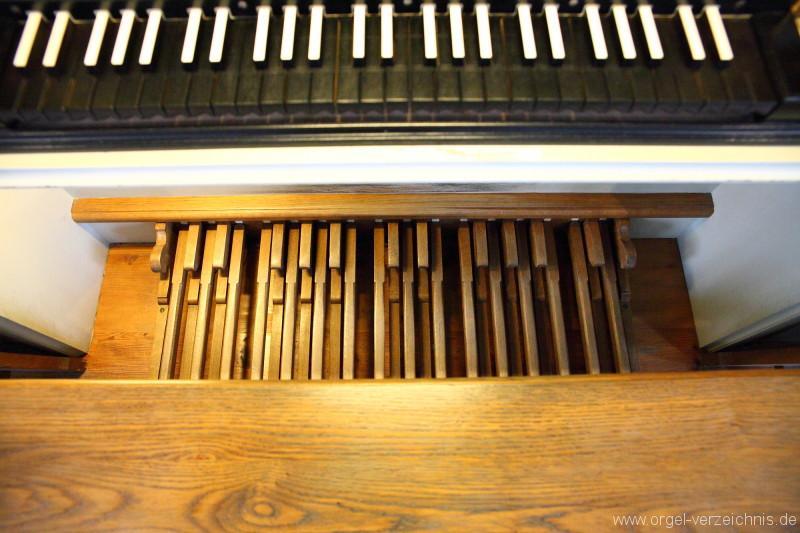 Marienkirche-Berlin-Mitte-Orgel-Spieltisch (5)