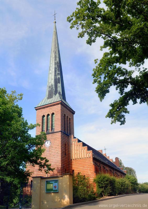 723px-Zwickau_Cainsdorf_-_church_(aka)