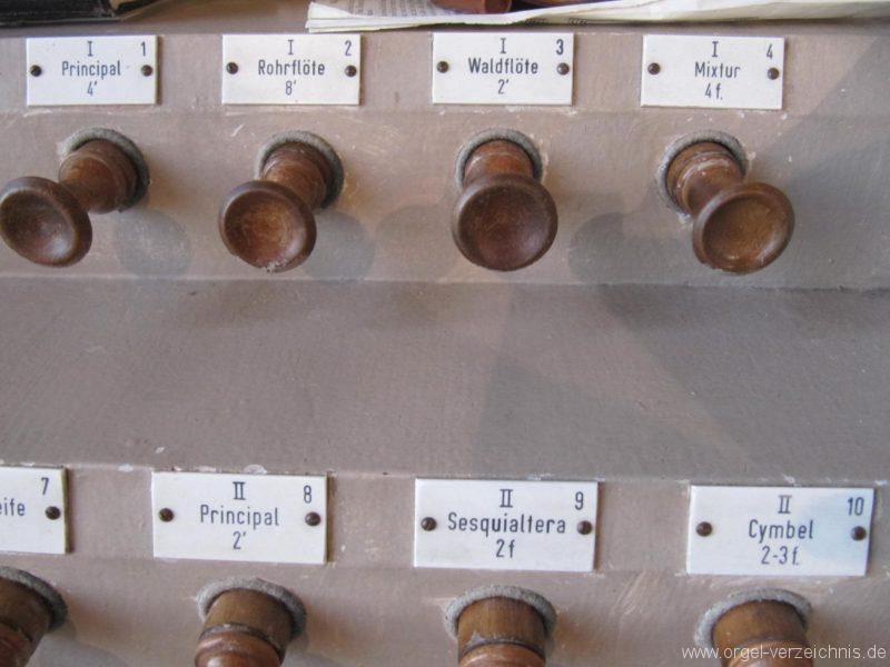 Beeskow Marienkirche Registerstaffel links I