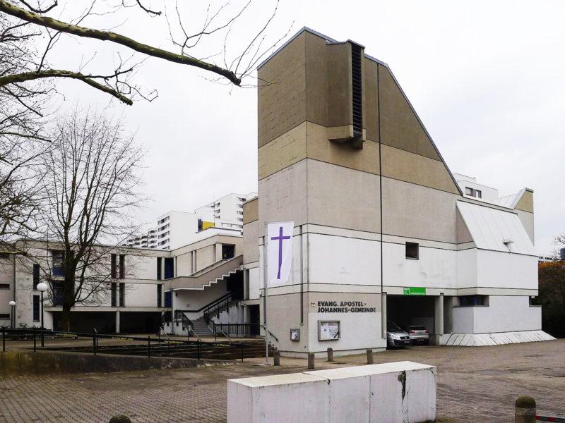 Berlin-Reinickendorf-–-Apostel-Johannes-Kirche