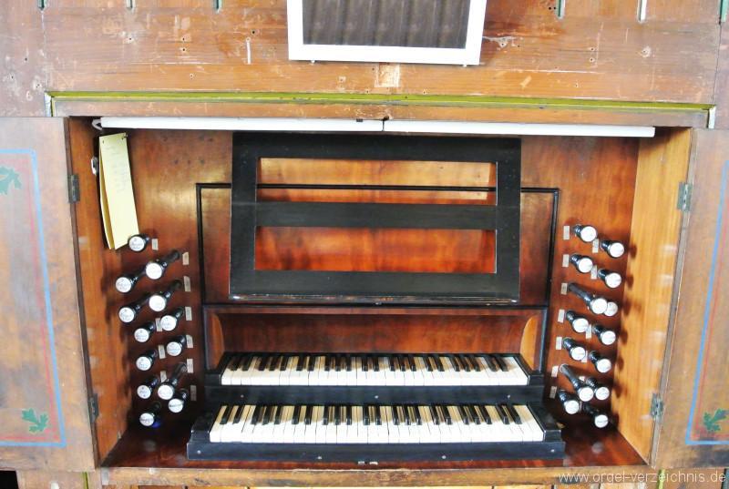 Kirche-Cainsdorf-Zwickau-Orgel-Spieltisch (4)