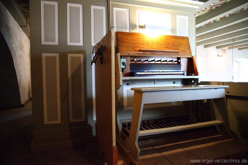 Herzberg ( Mark ) - Dorfkirche-Orgel-Spieltisch (7)