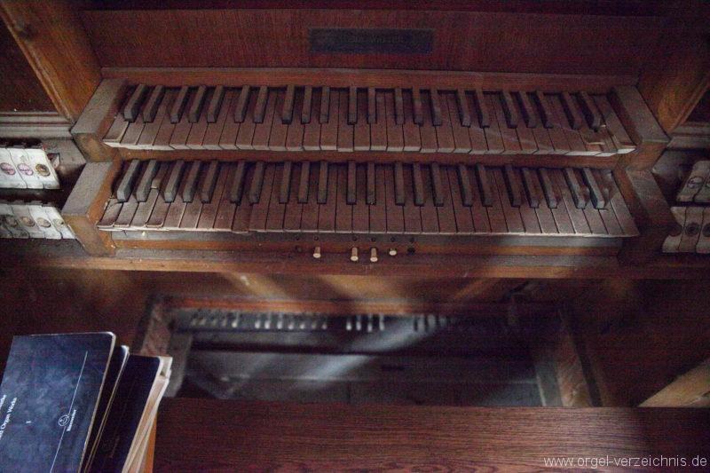 Langen - Fehrbellin - Stüler-Kirche Langen-Orgel-Spieltisch (6)