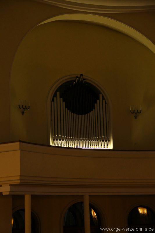 Bregenz Pfarrkirche Mariahilf Prospekt Orgel LED Beleuchtung (7)