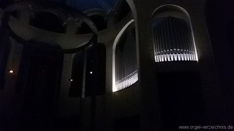 Bregenz Pfarrkirche Mariahilf Prospekt Orgel LED Beleuchtung (9)