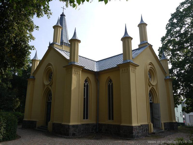 Großbeeren Evangelische Dorfkirche Aussenansicht (1)