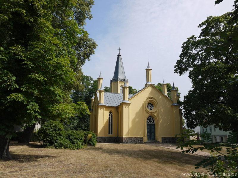 Großbeeren Evangelische Dorfkirche Aussenansicht (2)