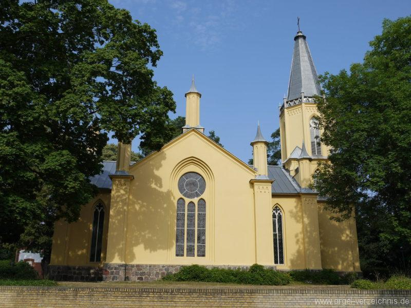 Großbeeren Evangelische Dorfkirche Aussenansicht (4)