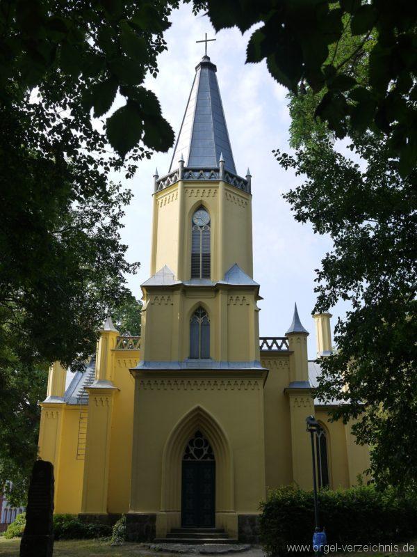 Großbeeren Evangelische Dorfkirche Aussenansicht (5)