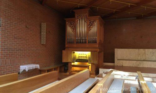 Hall In Tirol Pfarrkirche Zum heiligen Franziskus Orgelprospekt und Register (4)