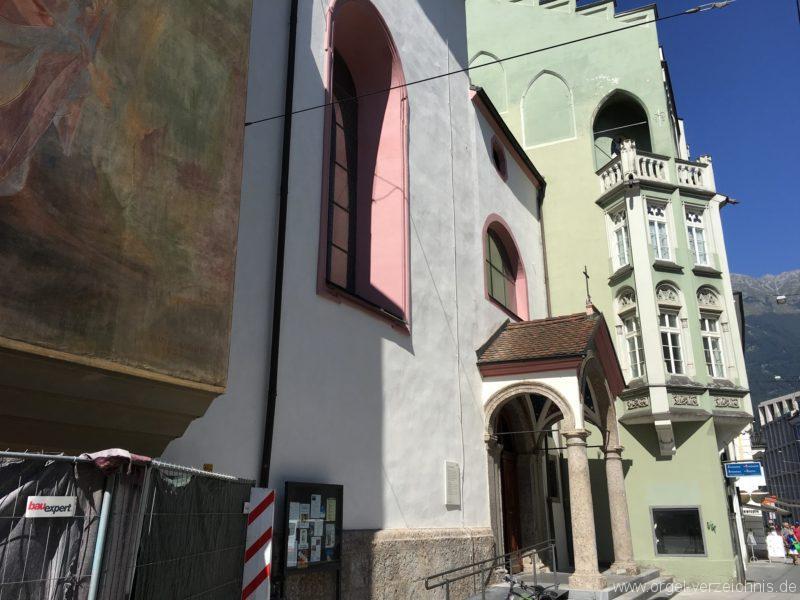 innsbruck-servitenkirche-zum-hl-josef-seitenportal