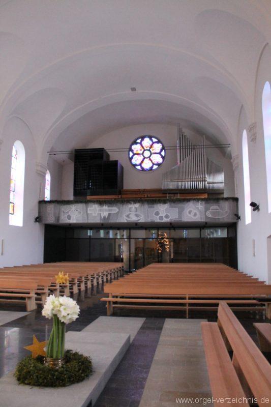 Lingenau Johannes der Täufer Kircheninneres IX