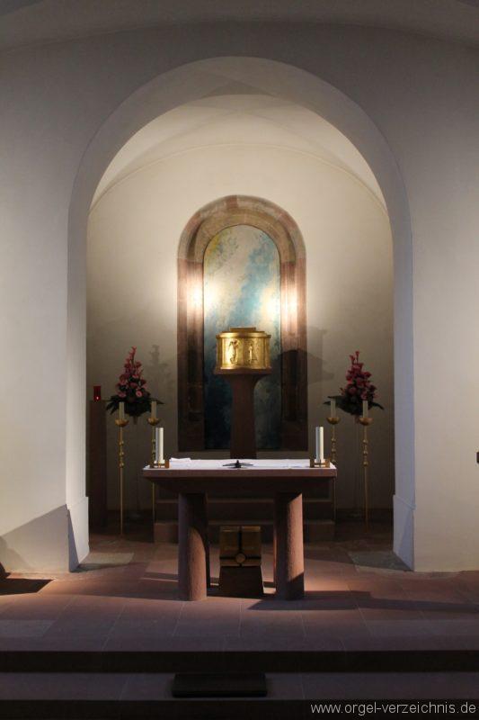 wuerzburg-neumuenster-krypta-altar-i