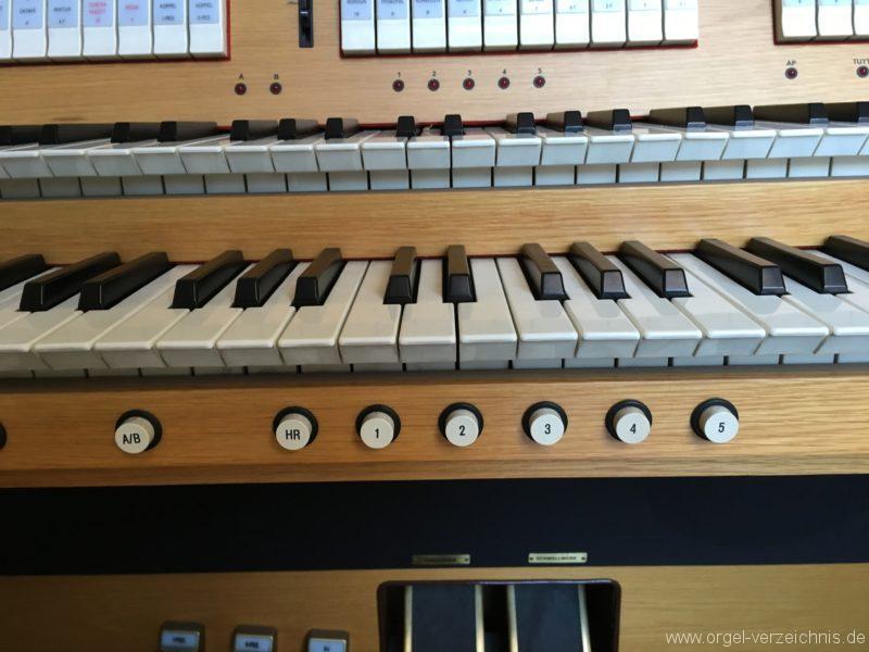 absam-pfarr-und-wallfahrstkirche-st-michael-128-orgel-2