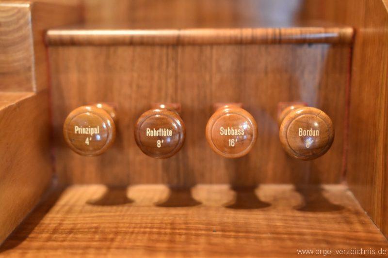 buchs-friedhofskirche-registerstaffel-rechts