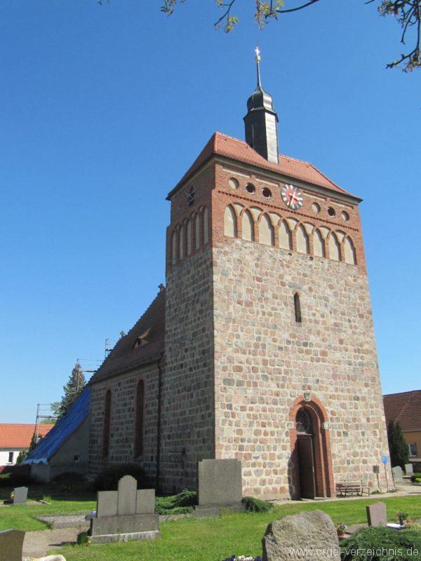 frankena-dorfkirche-st-pantaleon-aussenansicht-i