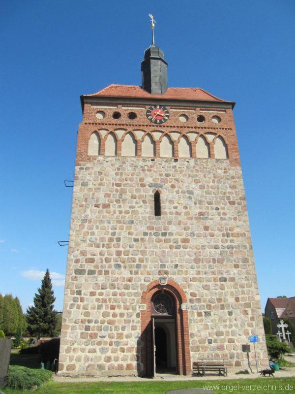 frankena-dorfkirche-st-pantaleon-aussenansicht-iii