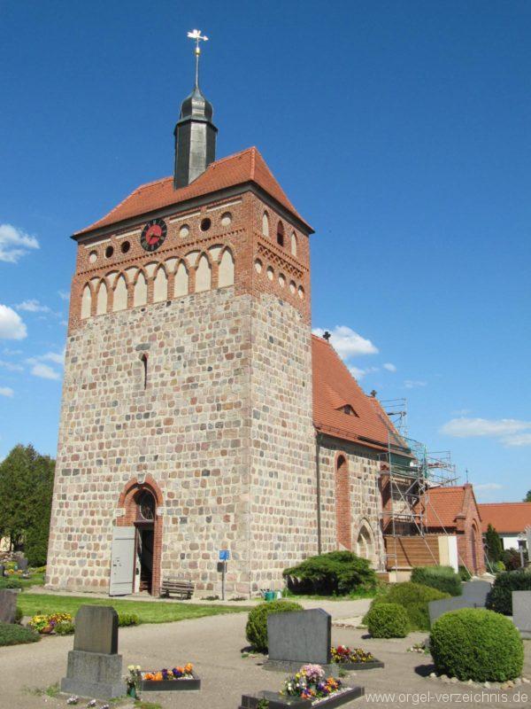 frankena-dorfkirche-st-pantaleon-aussenansicht-iv