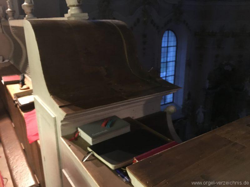 goetzens-pfarr-und-wallfahrtskirche-st-petrus-und-paulus-19-orgel