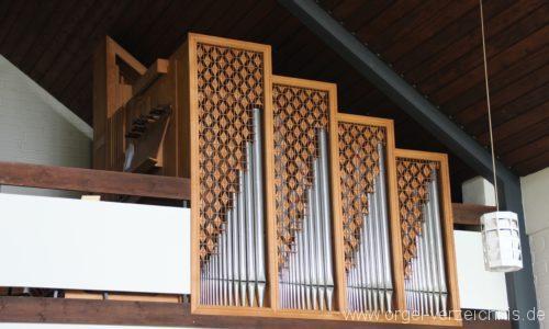 Loose - Prospekt der Becker-Orgel
