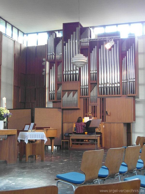 berlin-neukoelln-martin-luther-king-kirche-gropiusstadt-orgel-33