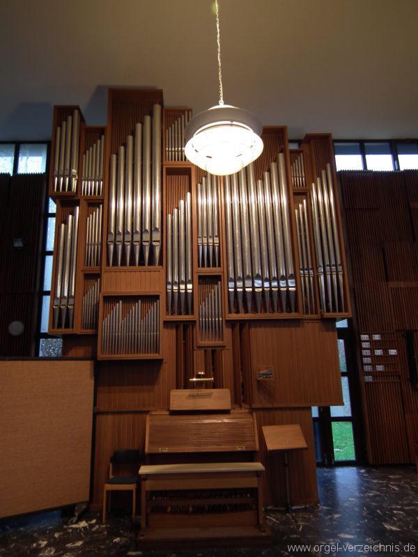 berlin-neukoelln-martin-luther-king-kirche-gropiusstadt-orgel