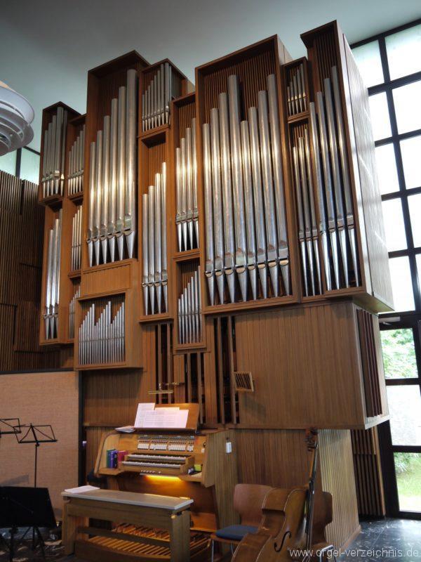 berlin-neukoelln-martin-luther-king-kirche-prospekt-orgel