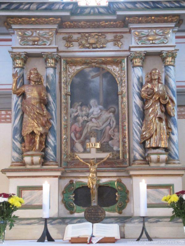 jonsdorf-altar-2