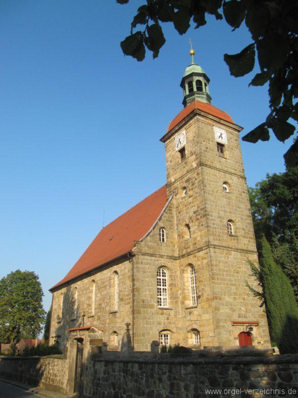 jonsdorf-kirche-aussenansicht