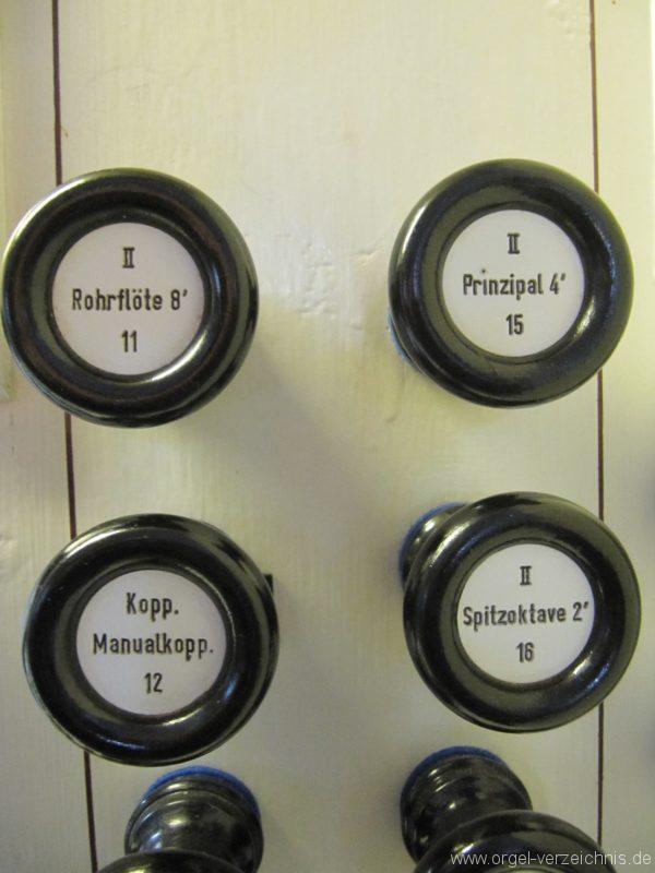jonsdorf-kirche-registerstaffel-orgel-4