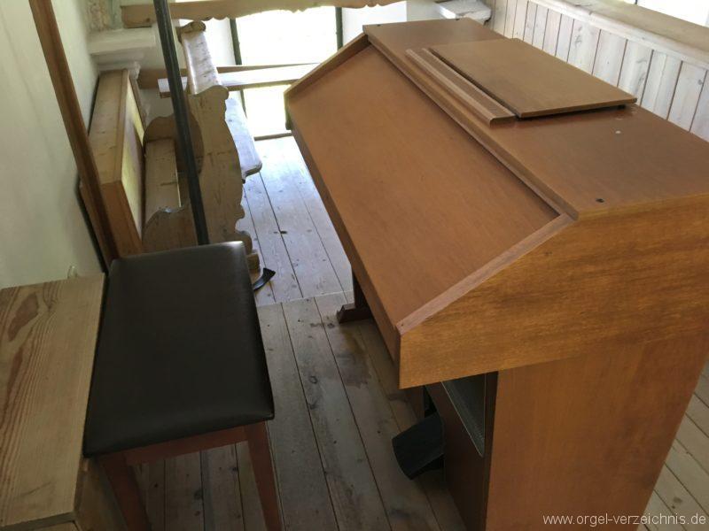 rietz-filialkirche-zum-heiligen-kreuz-16-orgel