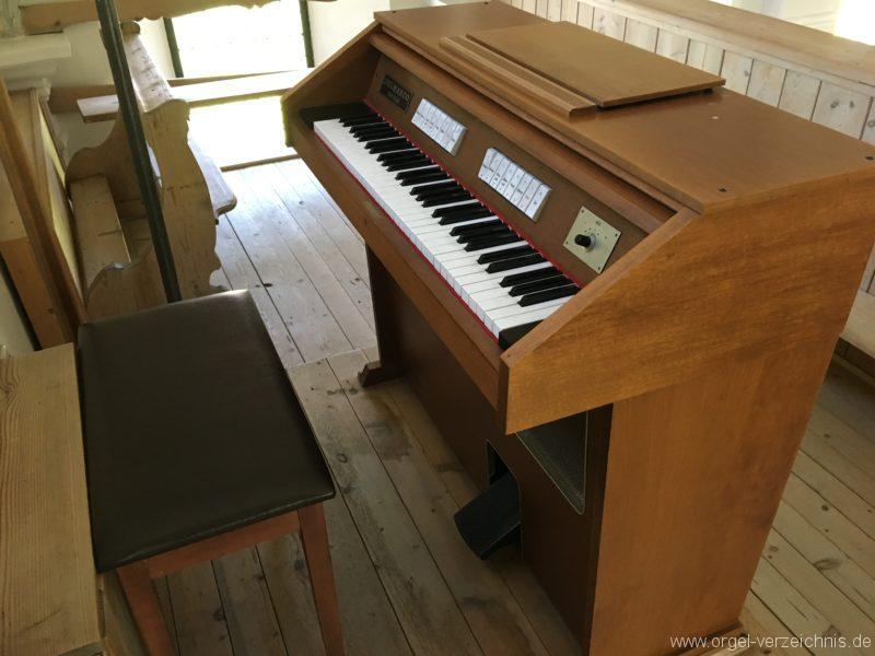 rietz-filialkirche-zum-heiligen-kreuz-23-orgel