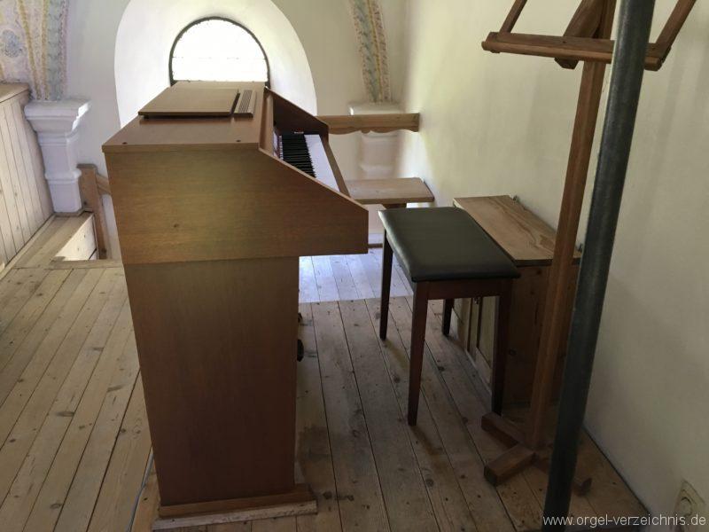 rietz-filialkirche-zum-heiligen-kreuz-25-orgel