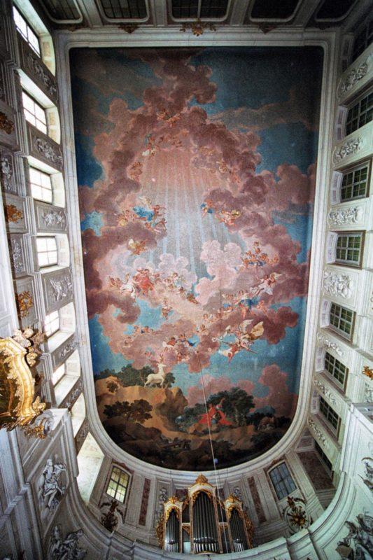 wermsdorf-schlosskapelle-hubertusburg-decke