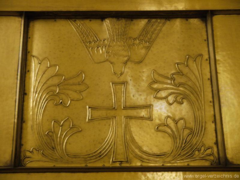 berlin-prenzlauer-berg-heilige-familie-bronzereliefs-9