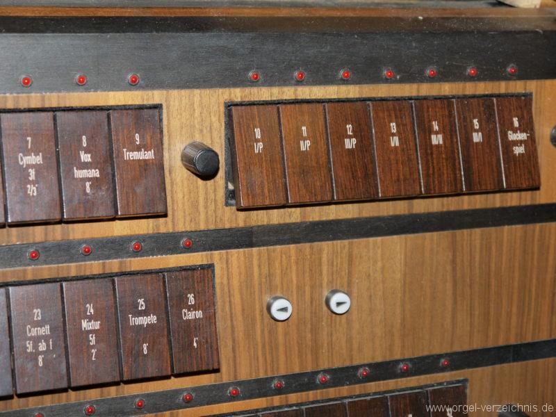 berlin-prenzlauer-berg-heilige-familie-registerstaffel-14
