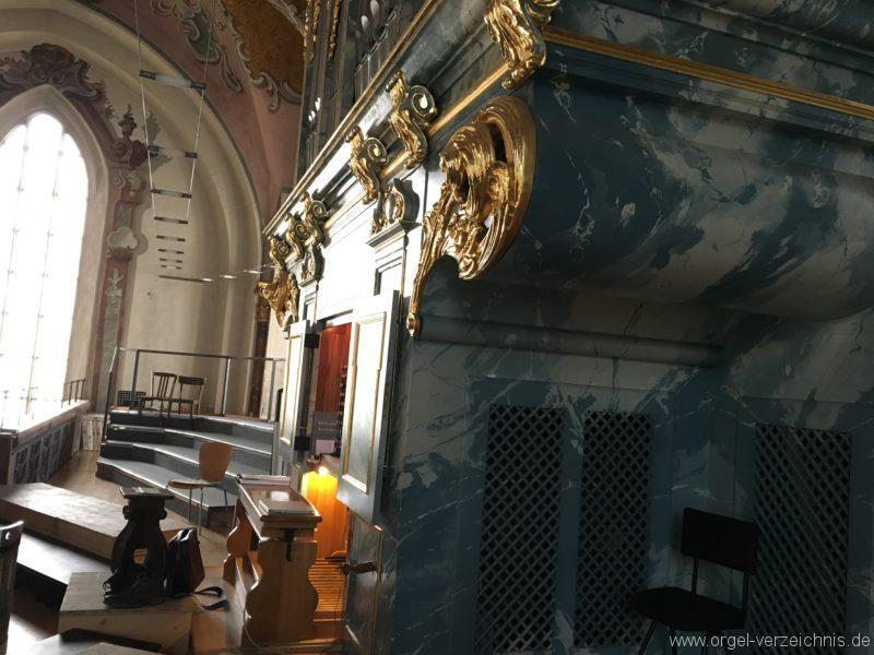 hall-in-tirol-stradtpfarrkirche-st-nikolaus-9-orgel-spieltisch