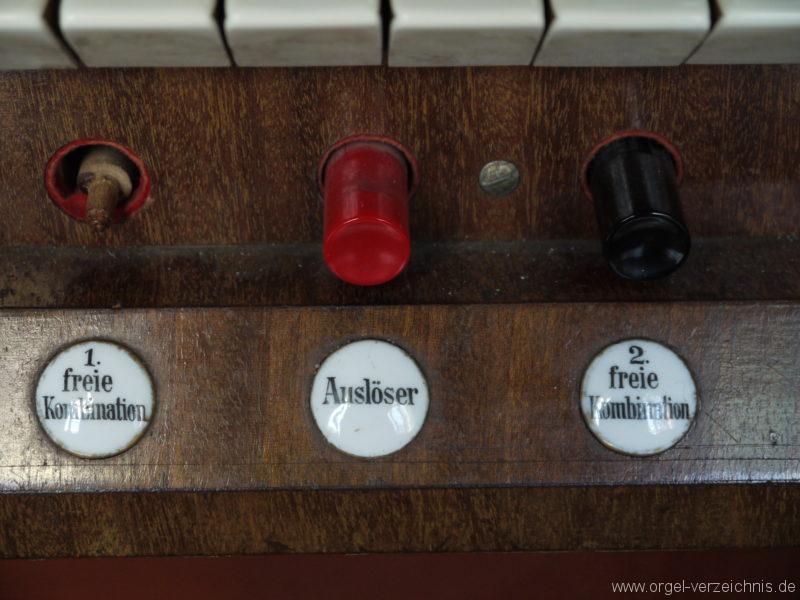 Berlin Oberschöneweide Christuskirche Spielhilfen und Registerstaffel (9)