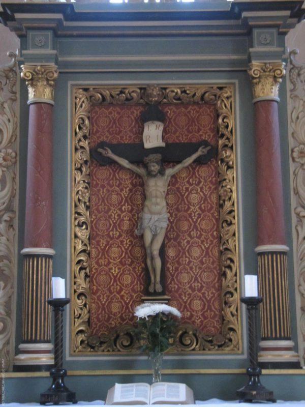 Gosen-Neu Zittau Evangelische Kirche Gosen Altar